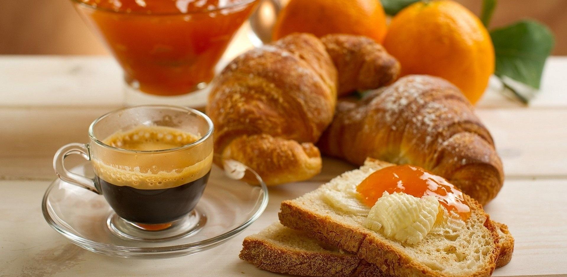 Petits déjeuners et tables d'hôtes